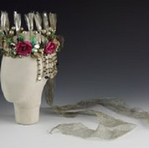 Headdress_worn_by_Vivien_Leigh_in_A_Midsummer_Nights_Dream_at_the_Old_Vic_c_Victoria_and_Albert_Museum_London_jpg_180x180_crop_q85