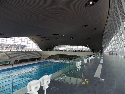 London aquatics centre stratford london visitors - Stratford swimming pool opening times ...