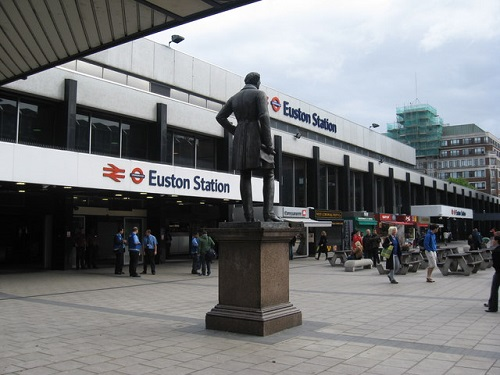Euston_Station_London_-_geograph_org_uk_-_1309275