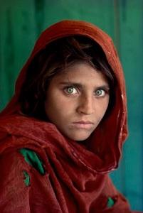 Afghan Girl, Pakistan, 1984 © Steve McCurry
