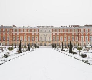 Hampton-Court-Palace---Content-Box