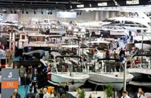Boats_Across_Show