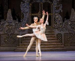 The Nutcracker. Steven McRae as The Prince. Iana Salenko as the Sugar Plum Fairy. ©ROH 2015. Photographed by Tris