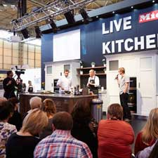 live-kitchen