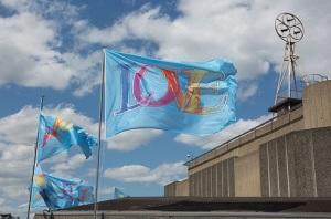 love_flags_by_mark_titchener_credit_belinda_lawley_carousel_web