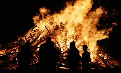 bonfire-nightlon2323