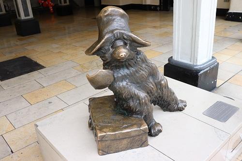 Great London Sculptures : Paddington Bear Statue by Marcus